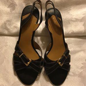 Liz Claiborne black sandals size 6